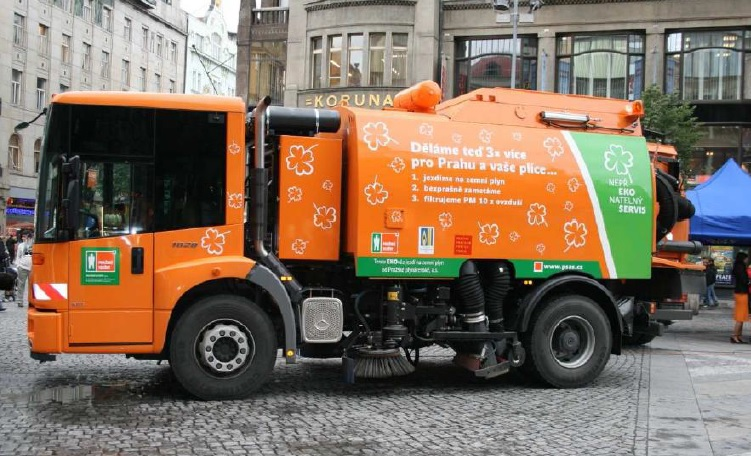 mercedes_econic_cng_garbage_collector.jpg